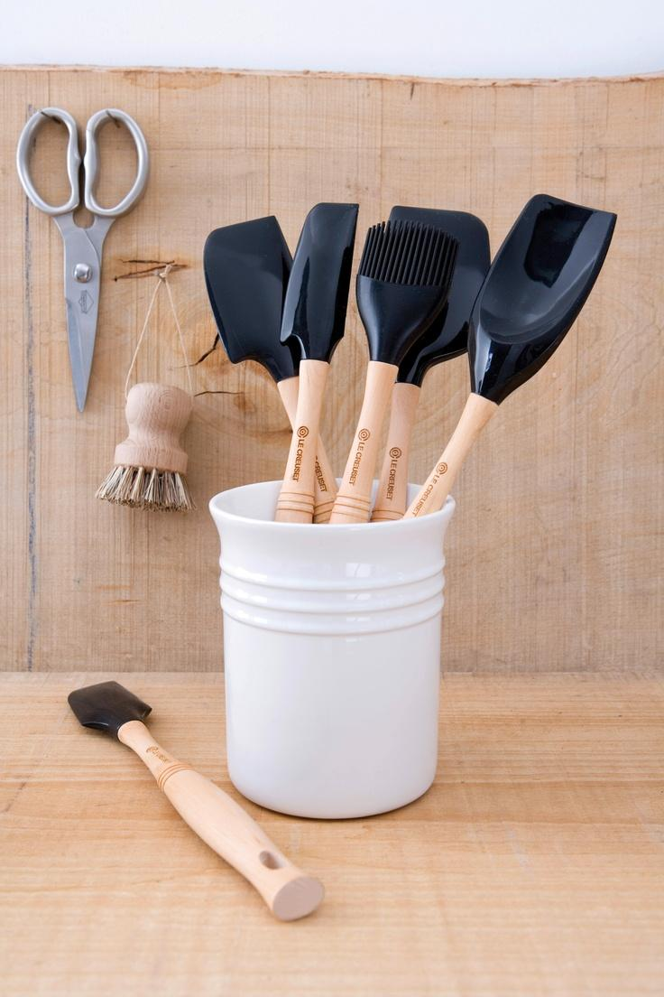 Ustensiles le creuset table de cuisine for Specialiste ustensile cuisine